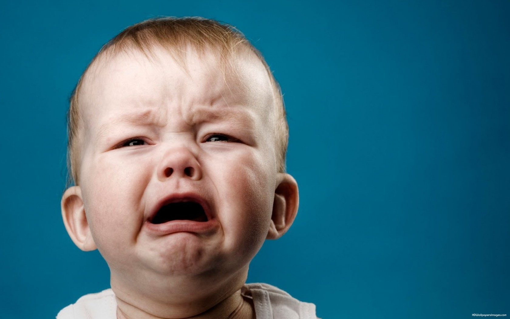 Cute-Baby-Boy-Crying-HD-Wallpaper-For-Desktop-Background