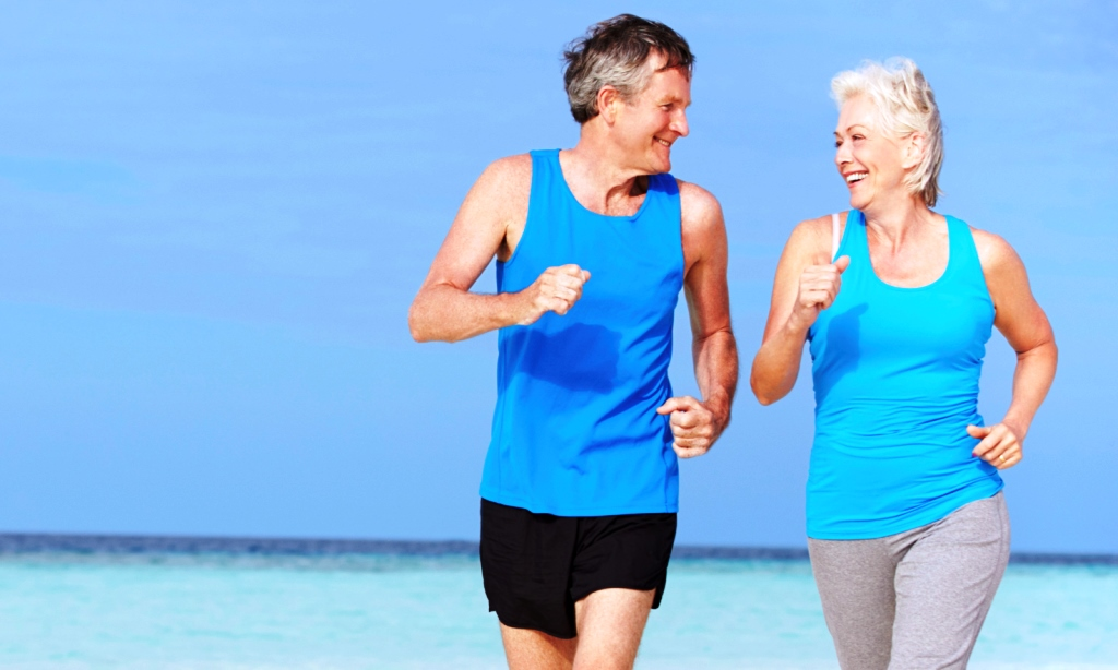 couple-running-hip-joint-health-spry